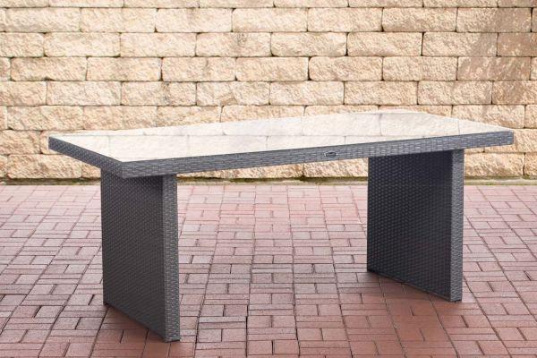 Tisch Avignon